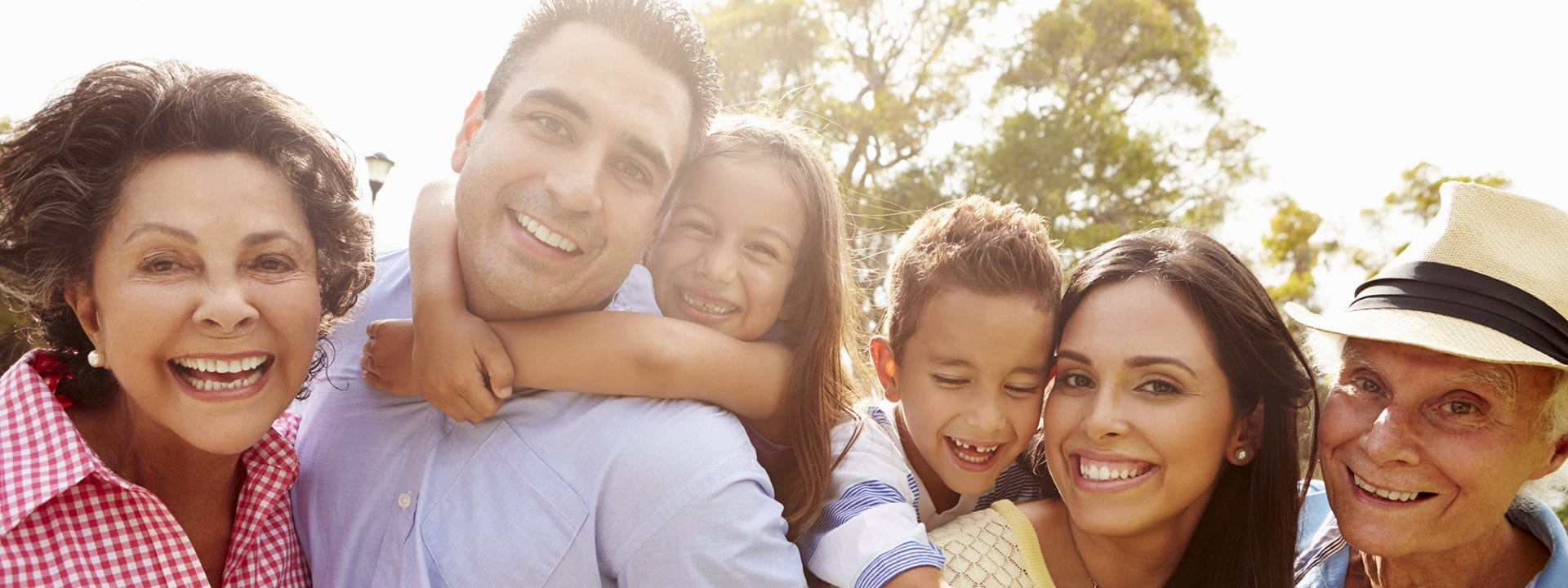 Smiling Family | The Gateway Family YMCA